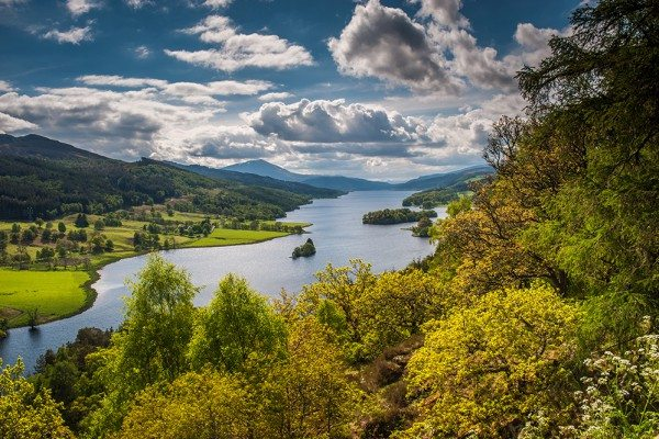 Booking accommodation Pitlochry. Queen's View, near Pitlochry