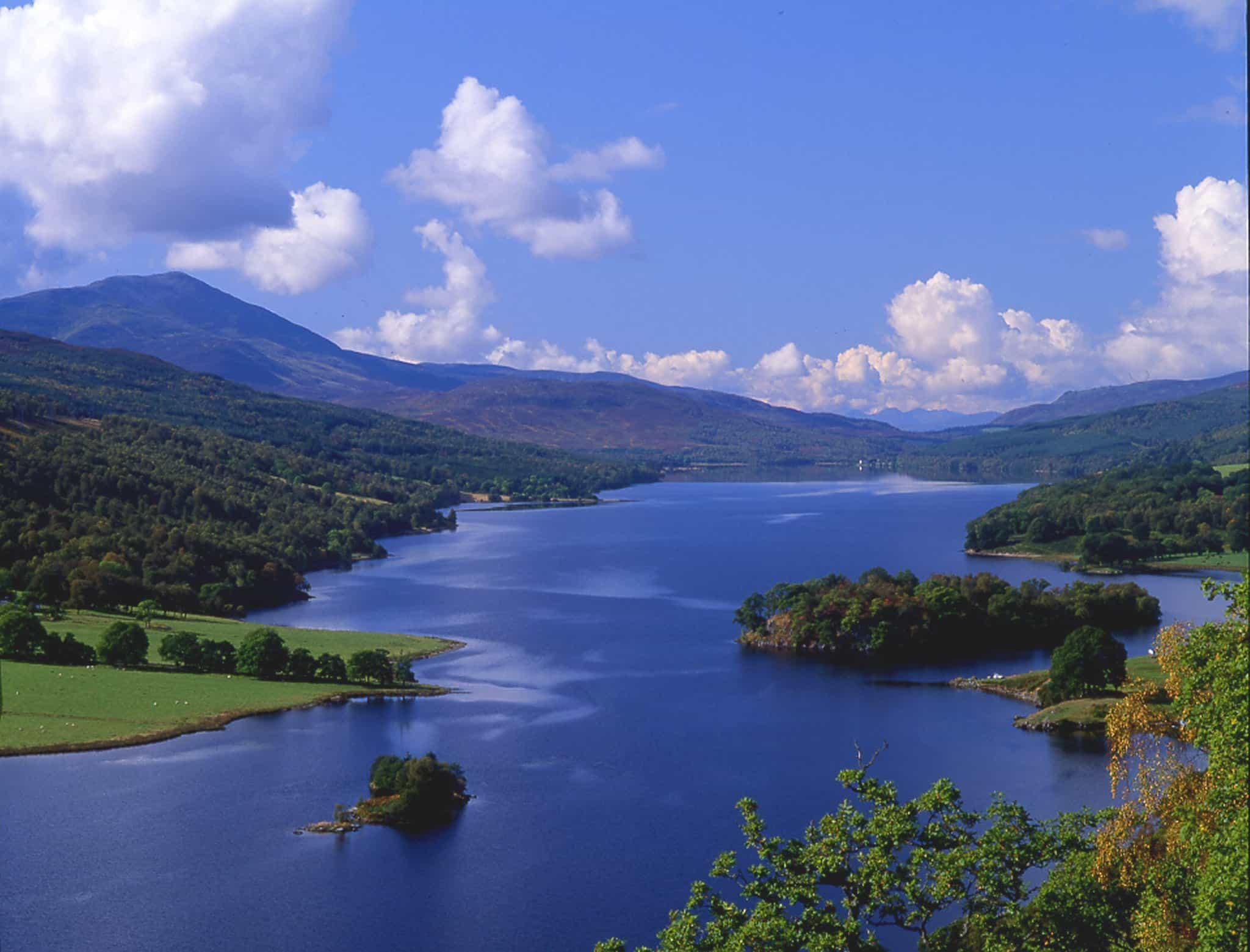 Holiday in Scotland. Visit Queen's View Pitlochry