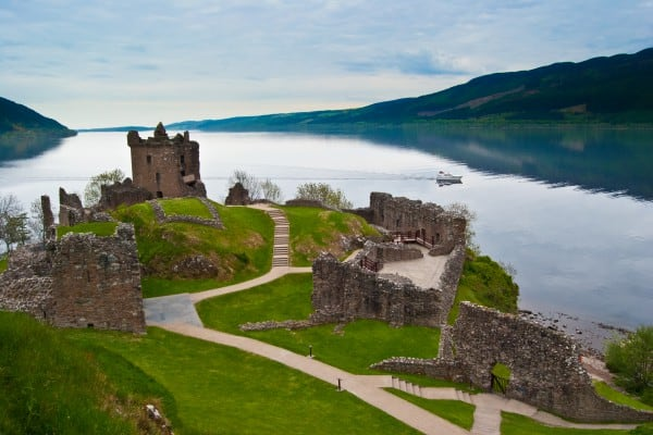 Day trips Pitlochry. Urquhart Castle