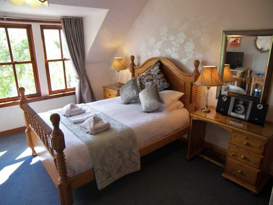 Hotel accommodation Pitlochry