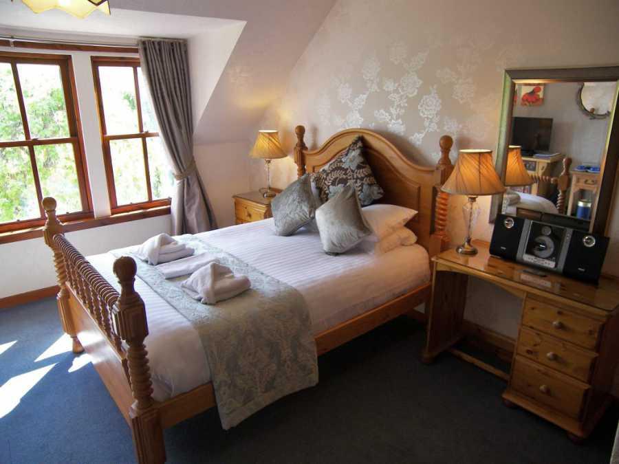 Hotel accommodation Pitlochry