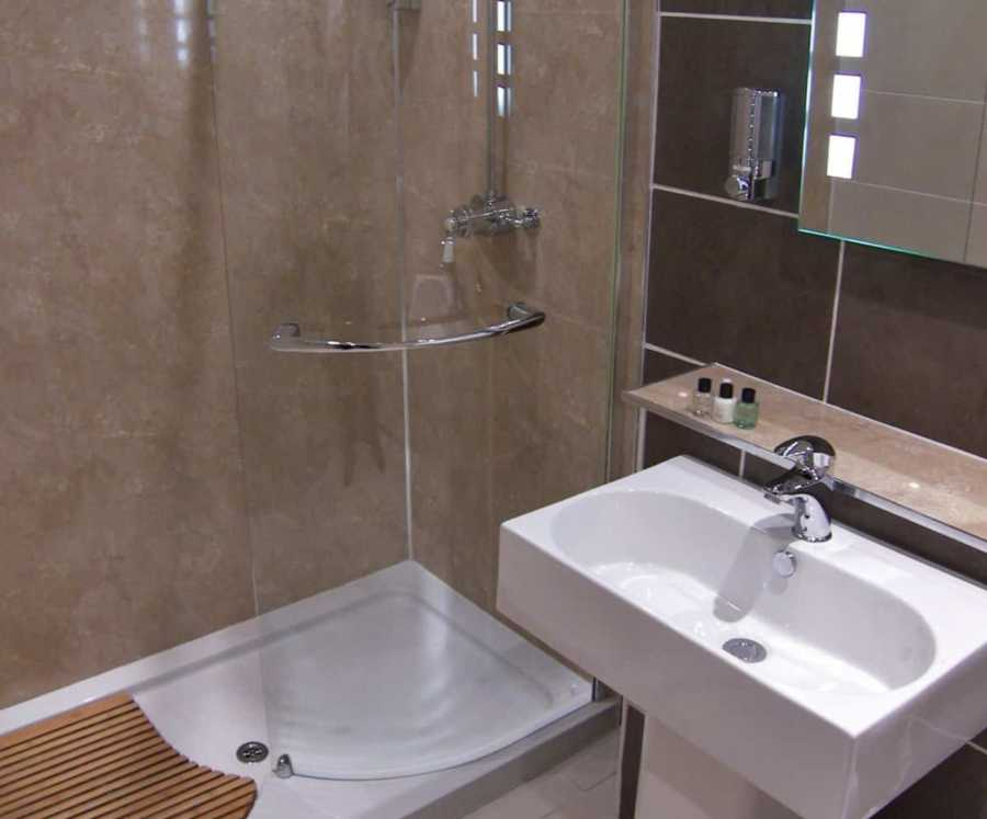 Pitlochry  accommodation Ensuite