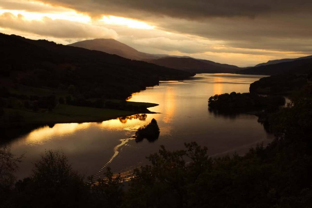 Near this sunset imagery at Loch Tummel - great value breaks in Pitlochry with free night offers